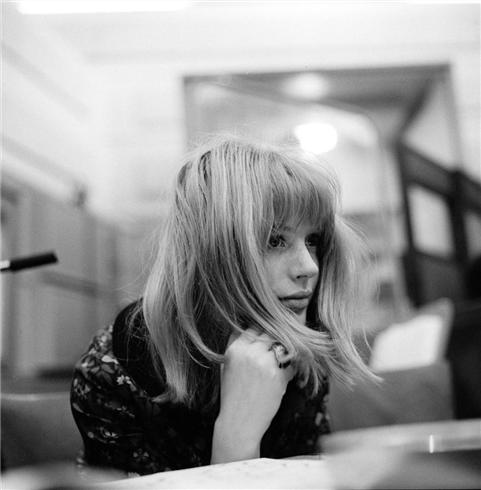 Marianne-Faithfull-13